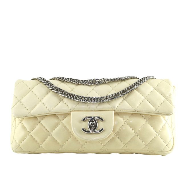 Stunning-classic-Chanel-Ivory-flap-bag-2